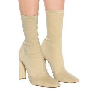 Season 6 yeezy boots